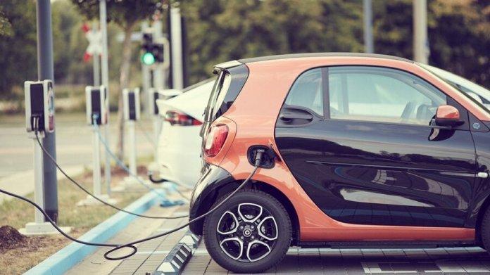 electric car charging batteries