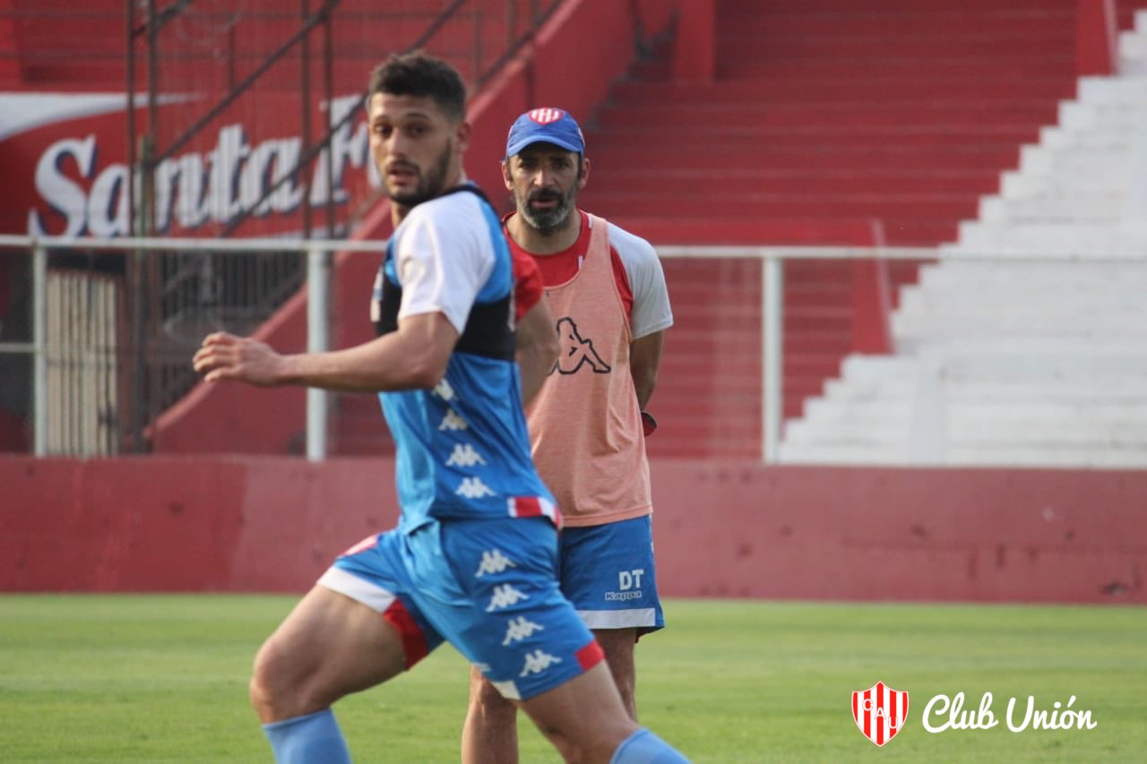 Ignacio Scocco convirtió el gol de Newell\'s ante Unión