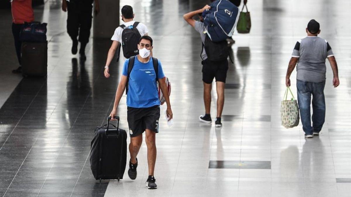 Variante británica del coronavirus ya está en 60 países, alerta la OMS