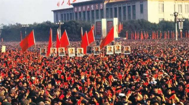 【胡平论政】:文革中造反派打内战