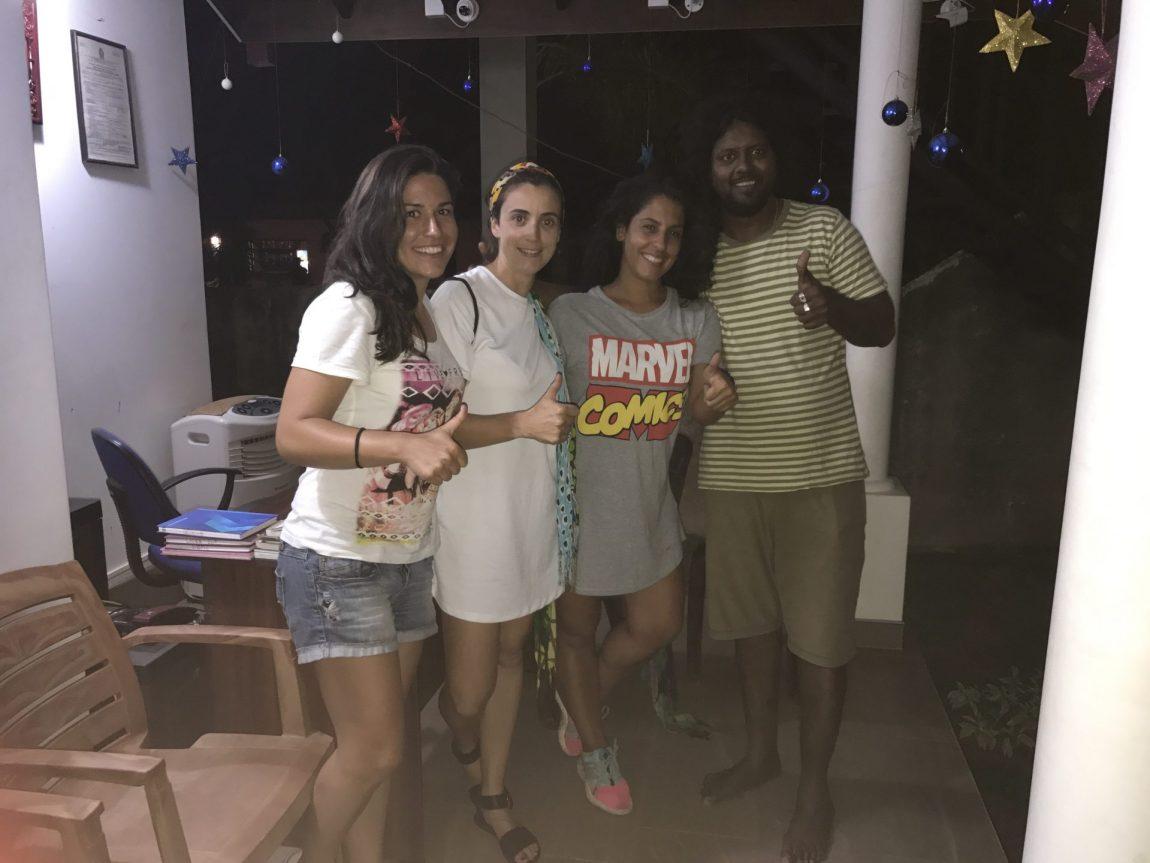 En casa de Rocky. Alquilar tuk tuk en Negombo