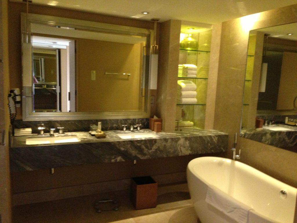 Marina Bay Sands y disfrutar de su Infinity Pool