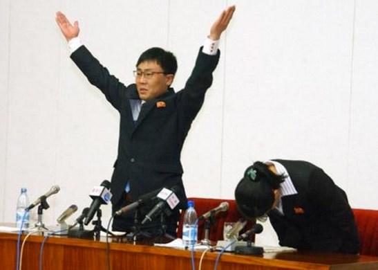 Re-defectors to the DPRK  Kim Kwang-hyeok and Ko Jeong-nam at a Pyongyang Press Conference, Nov. 8, 2012. Image via NKNews.org