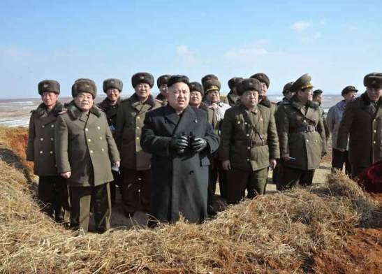 Kim Jong-un among supporters | Rodong Sinmun, February 23, 2013.