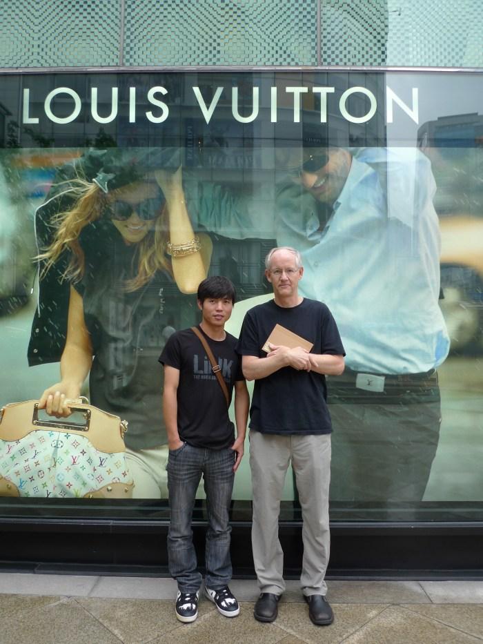 Blaine Harden and Shin Dong-hyuk in Seoul, 2011 | image courtesy Blaine Harden