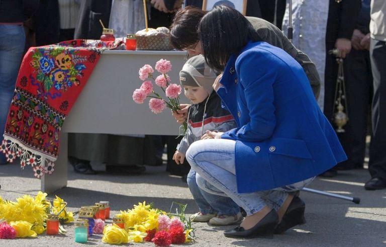 FAMILIA LUI VALERIU BOBOC, UCIS ÎN TIMPUL PROTESTELOR DIN 2009
