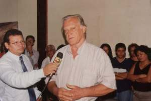 O falecido Delegado, Walderedo Paiva, quando secretário de Segurança concedendo entrevista a Dalton di Franco