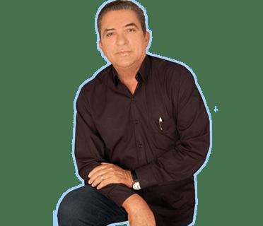 Pedro Marinho – Na sua recaptura o latrocida Sapeca de joelhos, pediu clemência aos policiais.