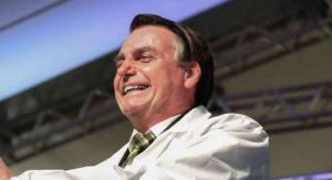 'Vamos acabar com o cocô do Brasil'', diz Bolsonaro sobre comunistas