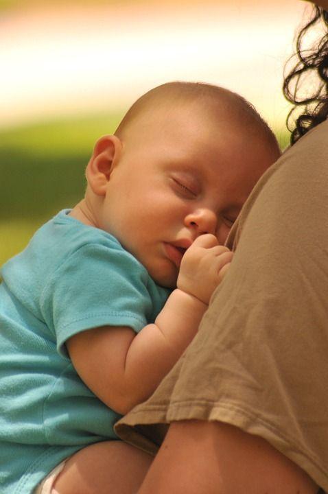 Les bébés s'endorment facilement lors des sorties
