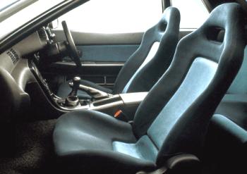 スカイラインGTR R32純正シート