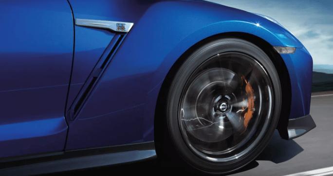 R35GT-Rのタイヤ