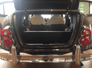 光岡自動車ビュート トランク開口時