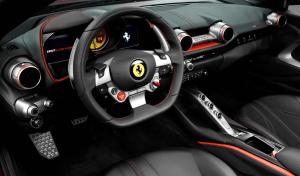 フェラーリ812スーパーファストのインテリア画像