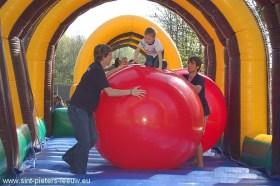 2011-04-06-buitenspeeldag_07