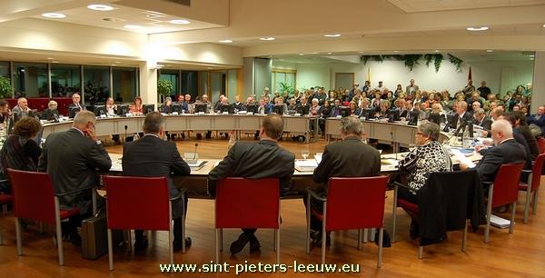 2012-01-02-gemeenteraadsvorming_Sint-Pieters-Leeuw_2013-2018