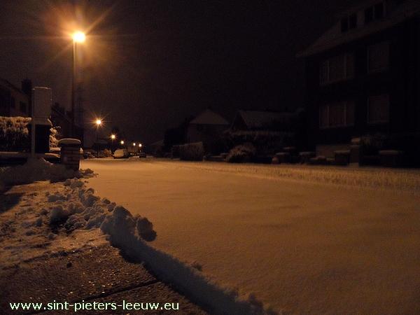 2013-01-15-sneeuw_Sint-Pieters-Leeuw