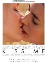 2013-11-19-affiche-film-kiss-me