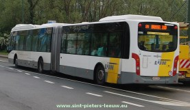 2014-04-25-bus_De-Lijn_nr170_lang-model