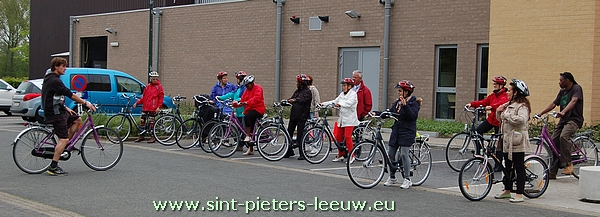 2014-05-06-leren-fietsen-volwassenen_Ruisbroek_10