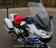 politie_moto_Sint-Pieters-Leeuw