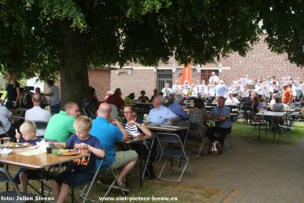 2015-06-28-feest-onder-de-linde_07