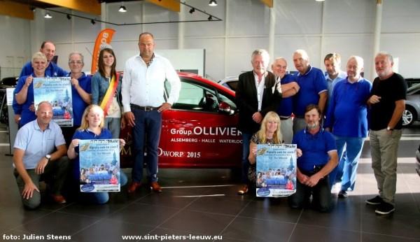 30 jaar Stadsradio Halle in aanwezigheid van Miss Dworp Evi Carels en sponsor Peugeot Group Olivier