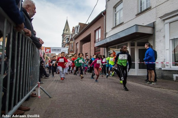 2015-10-03-jaarmarkt-kinderjogging-start_03