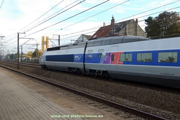 2015-10-03-TGV-staat-stil_Station_Ruisbroek