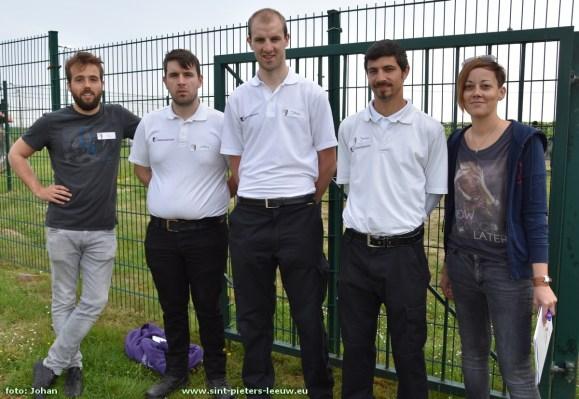 Dienst Maatschappelijke Veiligheid Sint-Pieters-Leeuw: Tom Pardaens, Anthony Sluys, Johan Sluys, Jeroen Sacré en Kristel Vanakker