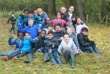2016-10-28-leerlingen-st-stevensschool-helpen-natuurpunt-21