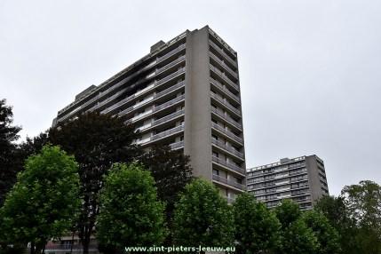2017-07-17-appartementsgebouw-na-brand-Bezemstraat_ Vogelenzang_81-83_a