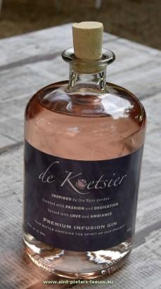 2017-08-31-De-Koetsier_Gin_02