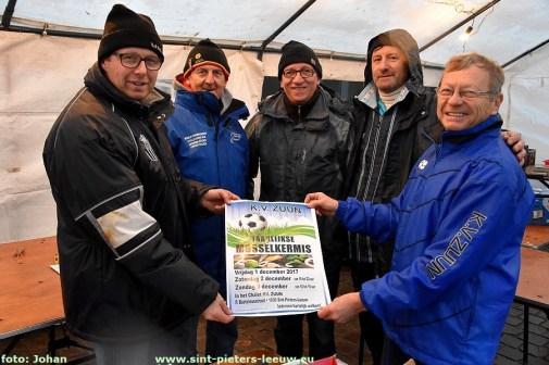 2017-11-11-jaarmarkt_Sint-Pieters-Leeuw (8)