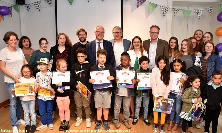 2019-05-19-leeshelden_boekenstoet_diploma (12)