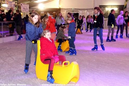 2019-12-19-Leeuwenaren__Halle-schaatst_06