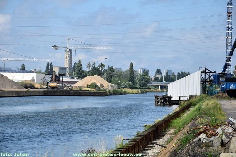 2020-06-27-brug-verwijderd-over-kanaal