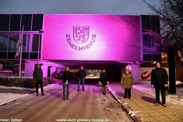 2021-02-08-Gemeentehuis_SPL_paars_Epilepsie-Liga (1)