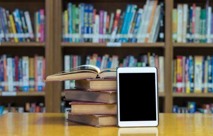 Giros à direita – ebook reúne análises sobre a direita