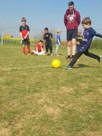 2017-04-07-voetbalstage_SK-Leeuw_08