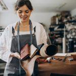 ¿Cuáles son las ventajas del producto hecho a mano y su importancia para comunidades locales?