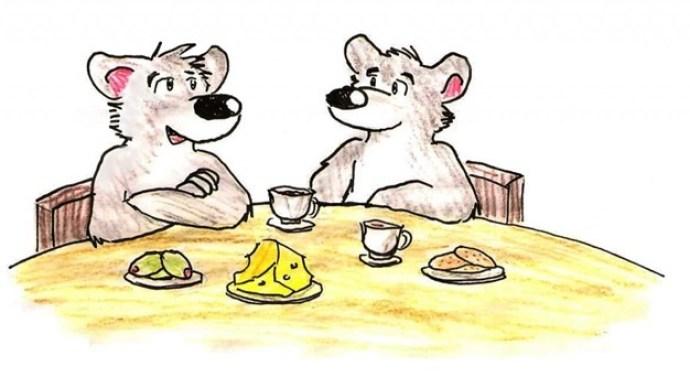 Kaksi rottaa ruokapöydän äärellä teekuppien ja juuston kera.