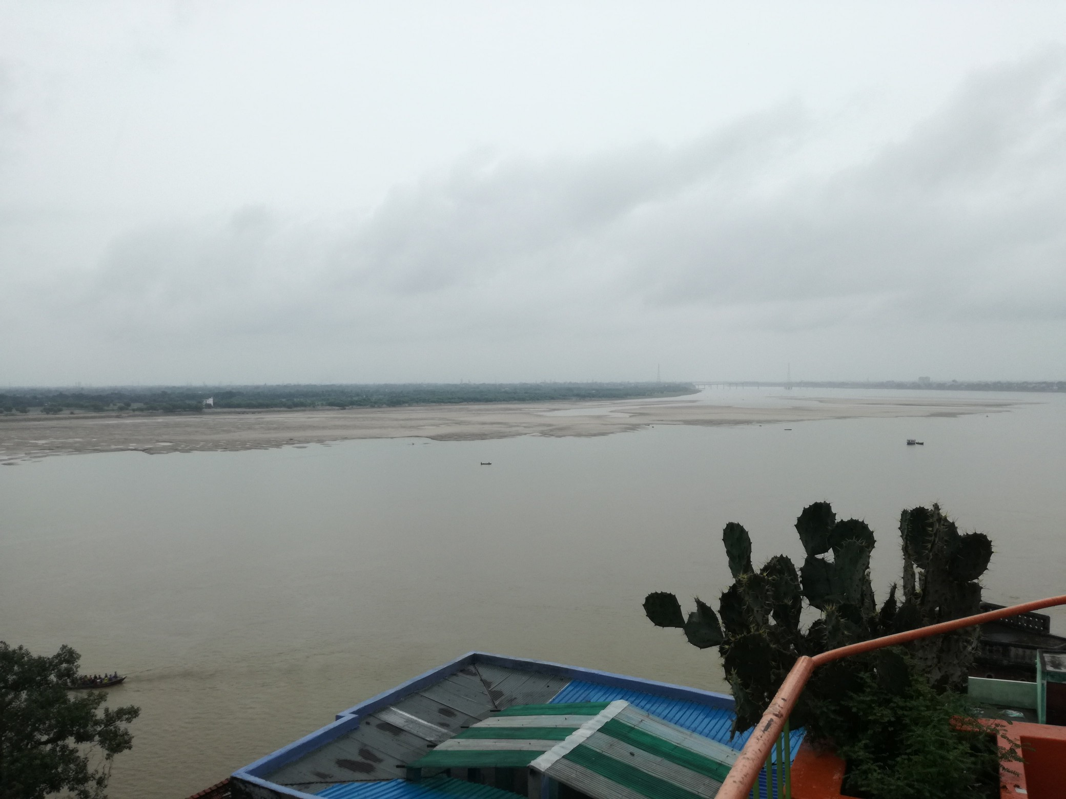 Indie #6 – Święta rzeka Ganges – Waranasi