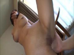 小倉ゆずが性奴隷になっちゃう潮噴き動画