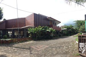 Review The Batu Villas Batu