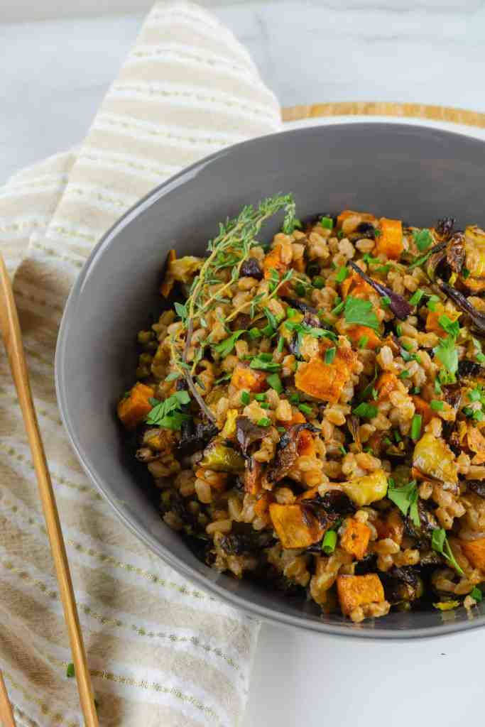 Warm Farro Salad with Sweet Potatoes and Brussels | Sip and Spice #sidedish #recipes #farro #farrosalad #warmsalad #grainsalad #cleaneating #healthy #mealplanning #dinner