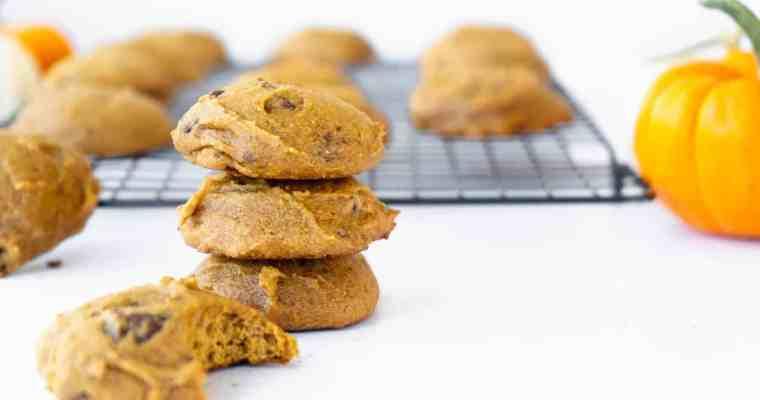Easy Pumpkin Chocolate Chip Cookies