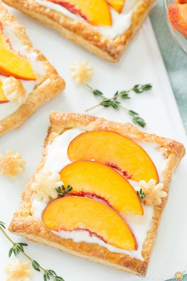recipe idea with puff pastry and Fresh Peaches and cream