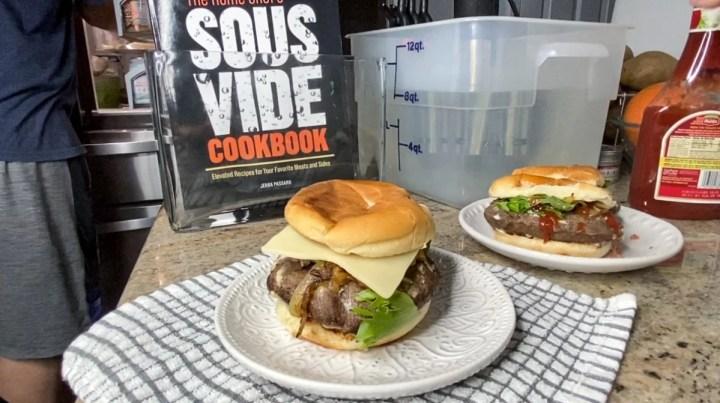 Sous Vide Hamburgers Mayo Seared