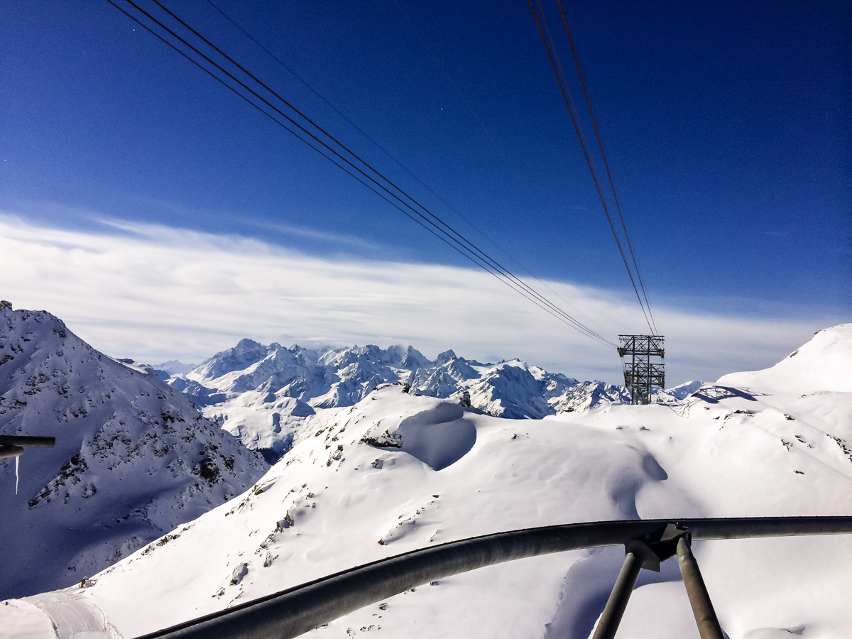 Ski lift swiss alps
